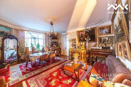 В Петербурге на продажу выставили квартиру Шостаковича