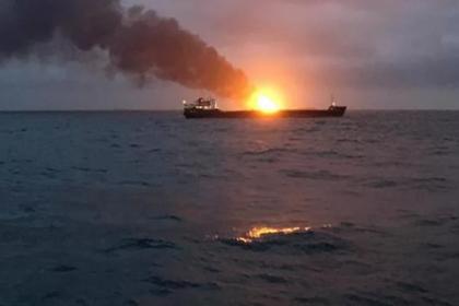 Причиной пожара на танкерах в Керченском проливе стали санкции США