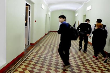 Бандиты провели урок «по понятиям» в российской школе