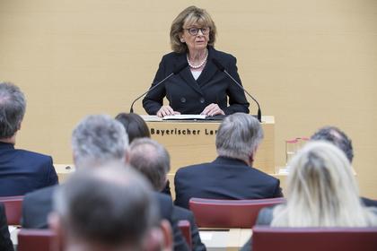Немецкие политики-националисты поссорились с евреями