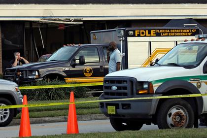 Пять человек погибли при захвате банка в США