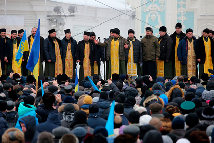В новую украинскую церковь перешли 204 прихода