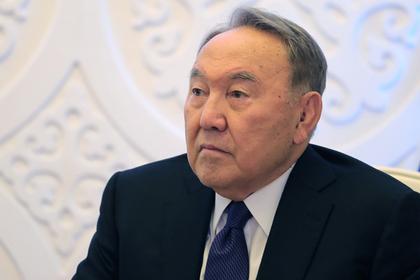 Назарбаев пояснил интерес к вопросу о досрочной отставке