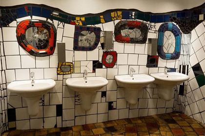 Найден самый популярный общественный туалет