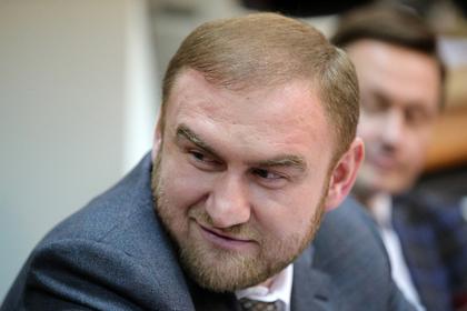 Высокопоставленные силовики признались в дружбе с сенатором Арашуковым
