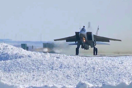 В Арктике развернут две эскадрильи истребителей