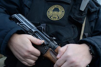 Российские полицейские случайно подстрелили себя при задержании дебоширов