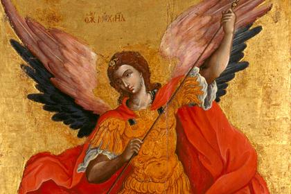 Российских силовиков обязали скинуться на архангела