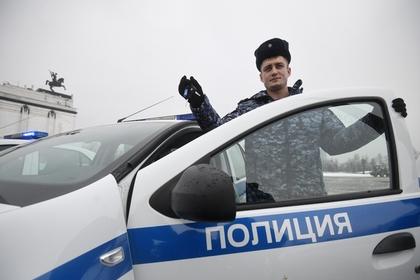 http://icdn.lenta.ru/images/2019/02/10/20/20190210201905703/pic_75c91ae1108ff9ad307b8808e7400bcc.jpg