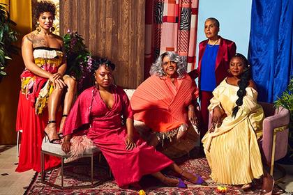 Чернокожая пожилая полная модель-трансгендер попала на обложку модного журнала