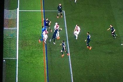 В Лиге чемпионов впервые отменили гол после просмотра видеоповтора