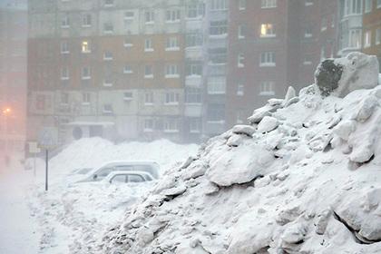 Жители Норильска утонули в снегу
