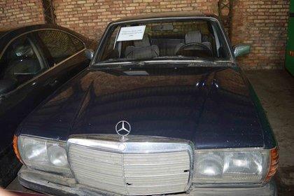 В Белоруссии начали распродавать автомобили КГБ