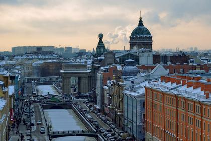 Петербуржцам предложили поработать у губернатора
