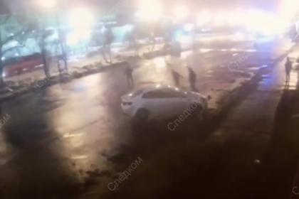 Появилось видео очередной массовой драки с поножовщиной в Москве