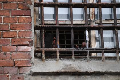 Подростков-арестантов спрячут от криминала в женском СИЗО