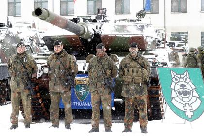 В НАТО раскрыли легкий способ манипуляции солдатами