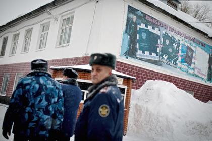 Ошибка МВД превратила законопослушного россиянина в преступника. Это сломало ему жизнь