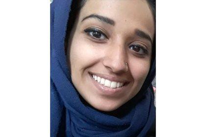 Американскую жену боевика ИГ отказались пускать домой