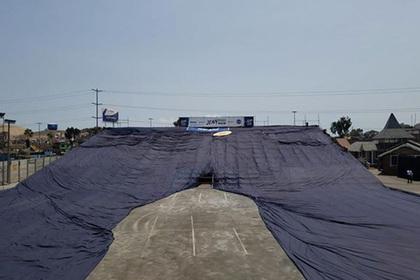 Самые большие джинсы в мире попали в книгу рекордов Гиннесса