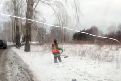 Перед Универсиадой в Красноярске покосили снег и помыли дороги шампунем