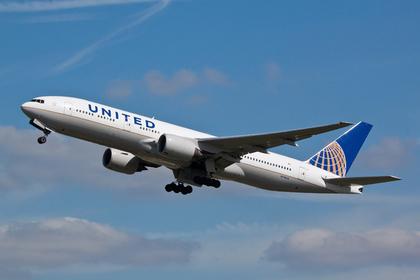 Пенсионерка не вынесла трансатлантический перелет и умерла