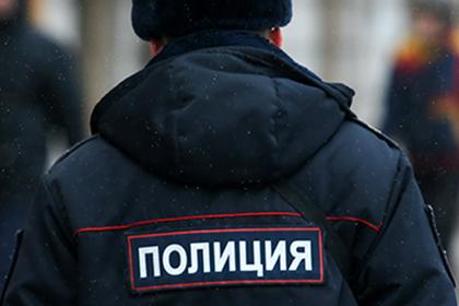 Трех петербургских полицейских задержали за организацию наркоторговли