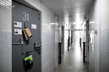 Сотрудник колонии задушил заключенного простыней и получил 12 лет тюрьмы