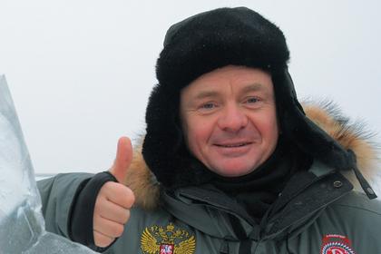 Актер «Физрука» снабдил поздравления Борису Грачевскому сайтами проституток