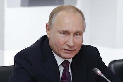 Путин в Крыму перешел на украинский и рассказал о сумасшествии Киева