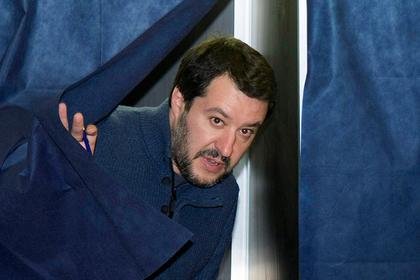 Итальянскому суду запретили судить главу МВД