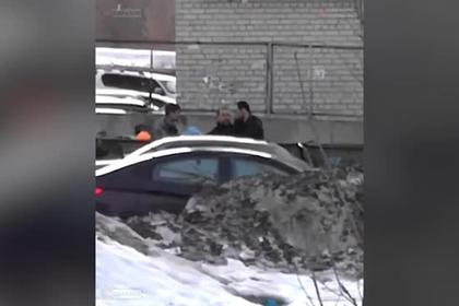 Врачи спасли не пропустившего скорую россиянина от разъяренной толпы