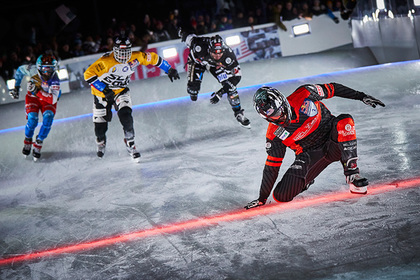Кэмерон Нааз стал чемпионом мира в скоростном спуске на коньках