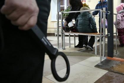 Школьный охранник надругался над 10-летней ученицей