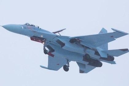 Появилось видео сопровождения бомбардировщика США российскими Су-27
