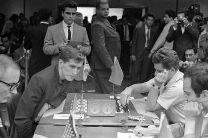 Советский разведчик объяснил поражение Спасского от Фишера в «матче века»