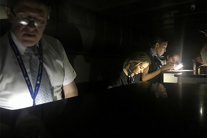 Венесуэла дважды за полдня осталась без света