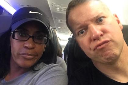Авиакомпания усомнилась в способности чернокожих купить билет в бизнес-класс