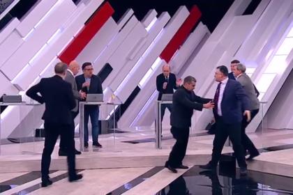 Владимир Соловьев снова прогнал гостей со своего ток-шоу