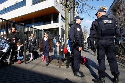 Французские полицейские оскорбились из-за «террористической» детской песенки