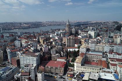 Россияне бросились скупать подешевевшую недвижимость в Турции