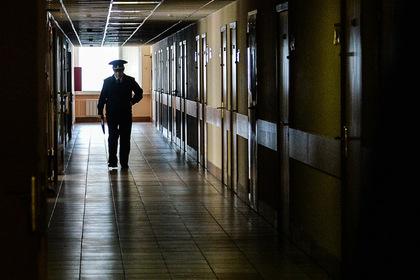 Россиянин погиб в полиции после кражи бутылки водки