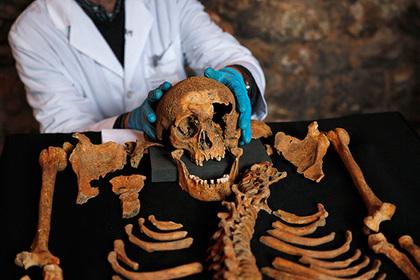 Перемена климата заставила древних людей голодать и поедать друг друга