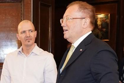 Пострадавший от «Новичка» британец рассказал о встрече с российским послом