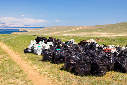 Иркутские власти пожурили за мусор на Ольхоне