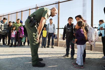 Трамп захотел снова отбирать детей у мигрантов