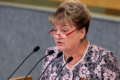 Получившая замечание от Володина депутат объяснила мат в соцсетях