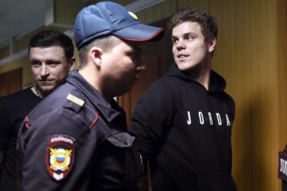 Похождения футболистов Кокорина и Мамаева глазами свидетелей и очевидцев