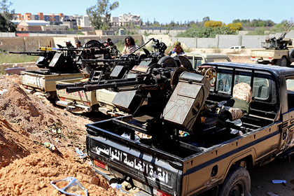 Армия Хафтара ударила по военной базе в столице Ливии
