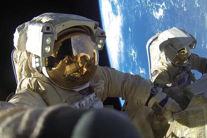 Раскрыты зарплаты космонавтов
